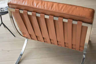 Barcelona Chair cognac3